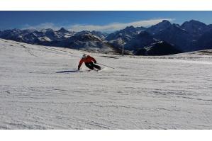 Podle čeho vybrat kvalitní lyžařskou zimní bundu?